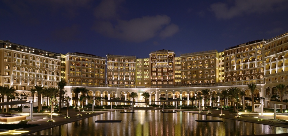 The Ritz-Carlton Abu Dhabi, Grand Canal Exterior